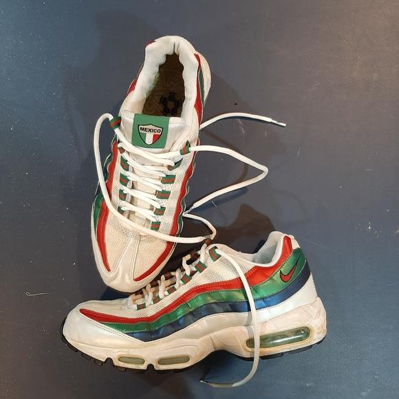 Mexico Nikes